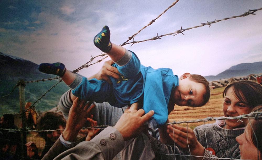 """""""Huyendo de Kosovo"""", premio Pulizter 2000. Fotografía de Carol Guzy, Lucian Perkins y Michael Williamson (The Washington Post)."""